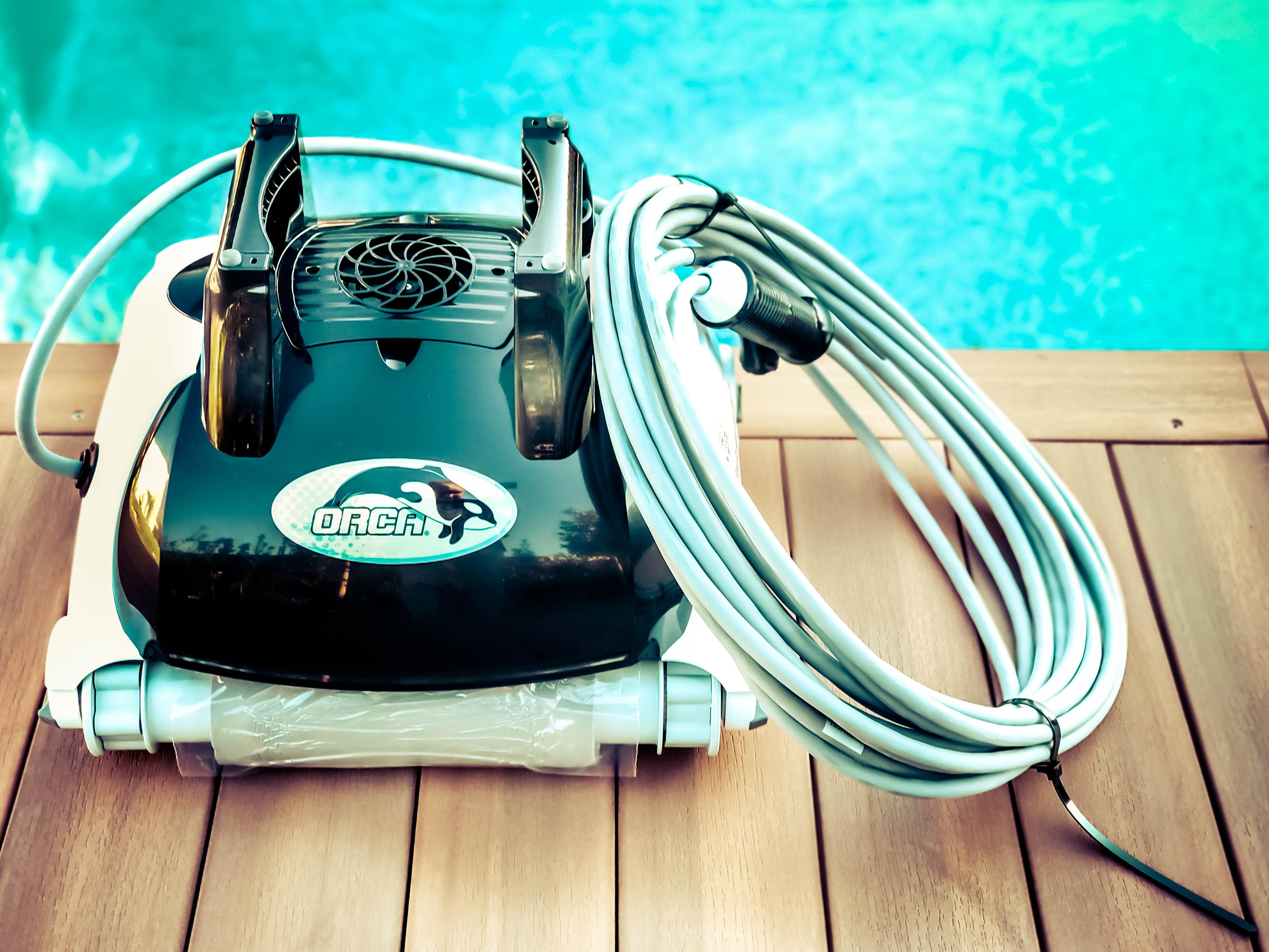Robot orca 150 pour piscine enterrée et hors sol