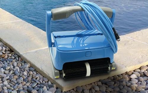 Orca 150 pool cleaer